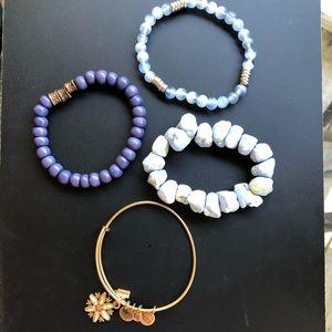 Bracelet set including 1 Alex & Ani